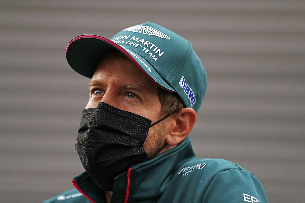 """Vettel bevallotta, """"fáj"""" neki Schumacherre gondolni"""