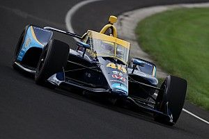Johnson closer to committing to full season after Indy oval test