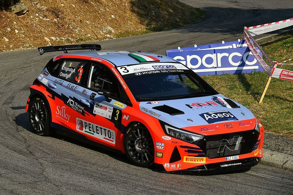 CIR: Crugnola e Hyundai cercano la rimonta al Rally Due Valli