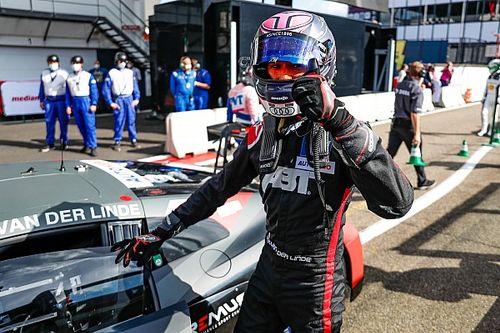 DTM, Zolder: Kelvin van der Linde si prende Gara 1