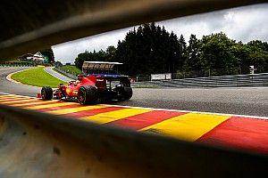 """Ferrari worstelt op nat Spa-Francorchamps: """"Dit is niet normaal"""""""