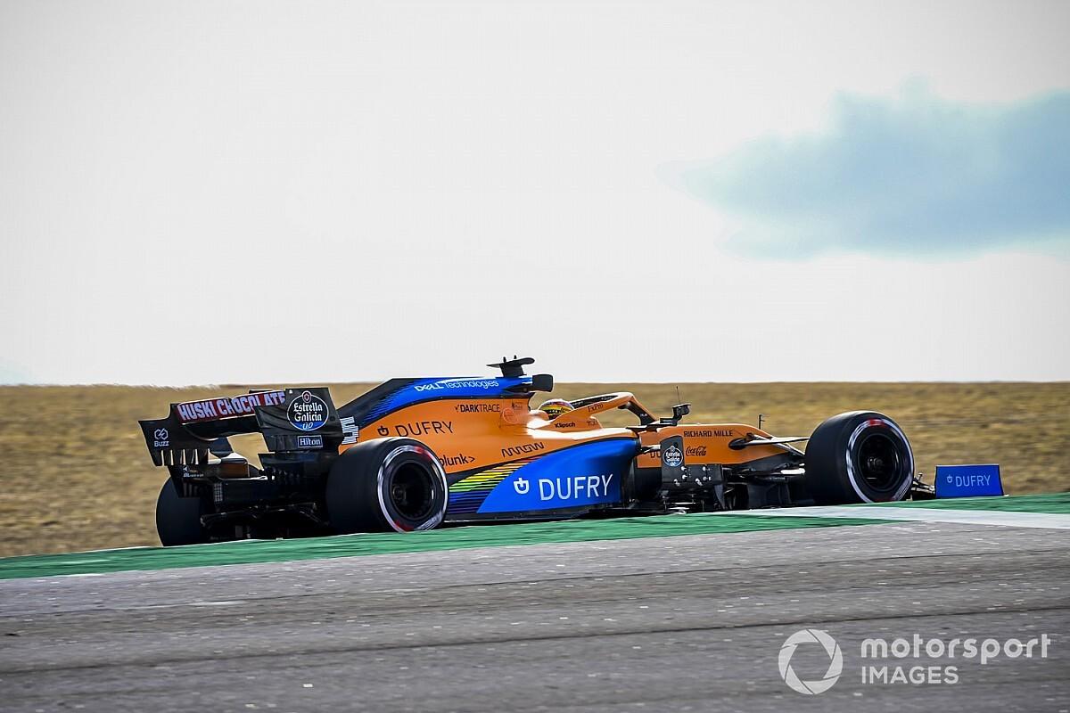 McLaren MCL35M'nin renk düzenine dair bir ipucu verdi