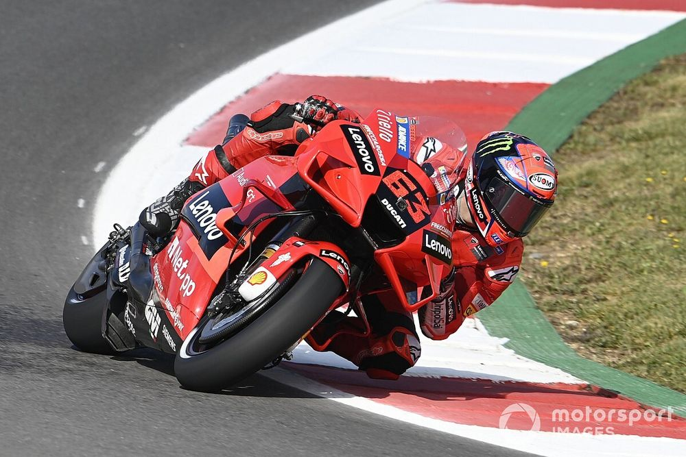 MotoGP: Bagnaia lidera sexta-feira em Portugal; Márquez é 6º