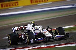 Schumacher, Formula 1'deki ilk yarışını tamamladığı için mutlu