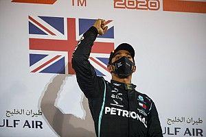 Хэмилтон выиграл в Бахрейне после двух пожаров и переворота