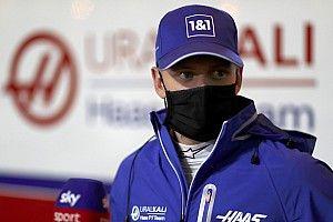 "Ecclestone: ""Schumacher için ideal program Red Bull'du"""