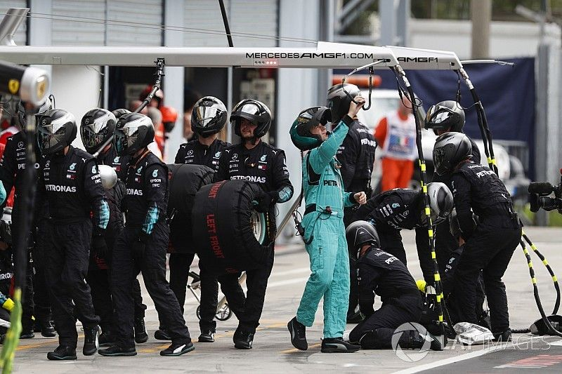 "Wolff: No hubo ""pit stop fantasma"" para Mercedes"