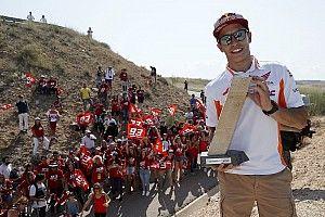 Márquez inaugura la curva con su nombre en Motorland