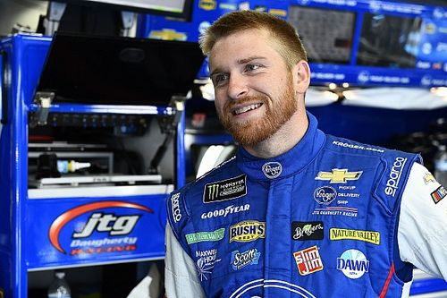Chris Buescher earns second consecutive top-10 finish
