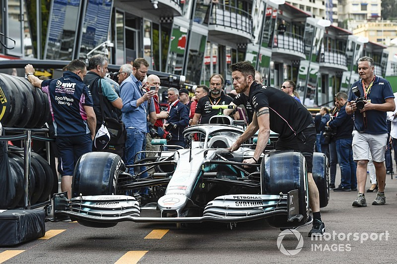 "Vettel hopes Mercedes form ""irrelevant"" for unique Monaco"