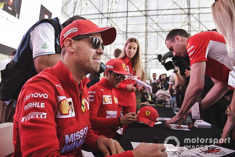 Vettel kegyetlenül felkapta a vizet Bakuban egy kérdésen