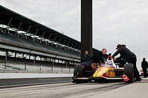 Sato leads veterans' IndyCar test for Indy 500