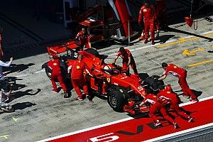Все пилоты с моторами Ferrari оказались на грани штрафной перестановки по решетке