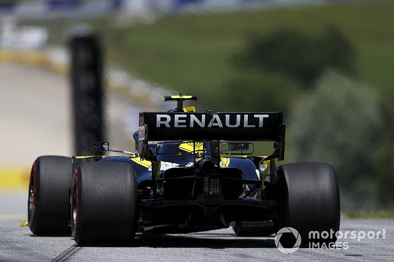 Renault to modify DRS mechanism after practice issues