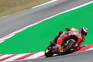 """Bradl backs Lorenzo to take Honda in """"new direction"""""""