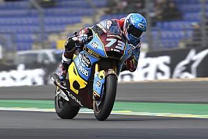 Moto2, Le Mans: Alex Marquez domina nella domenica nera degli italiani