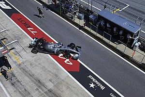 "Bottas hindered by miscommunication in ""messy"" qualifying"