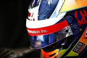 Грожан показал дизайн шлема для нового сезона