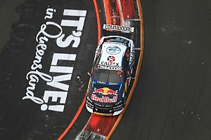 Gold Coast 600: Van Gisbergen edges McLaughlin in final practice