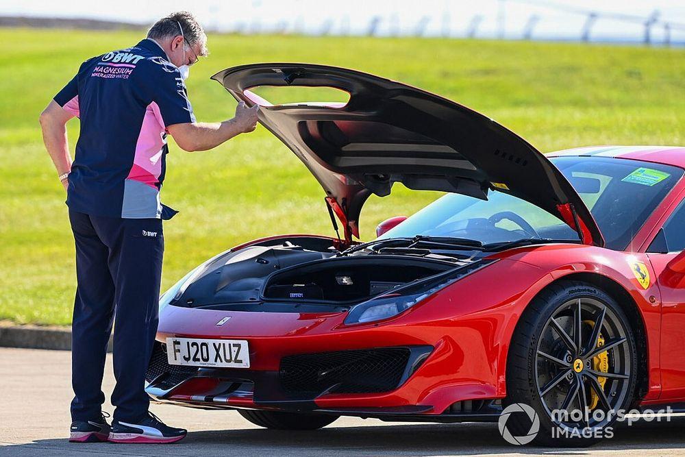 GALERIA: Os carros de rua usados pelos pilotos da F1 na Grã-Bretanha