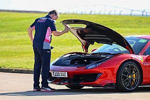 A rivális autójával érkezett a helyszínre a Racing Point csapatfőnöke