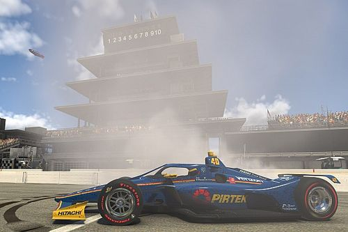 IndyCar iRacing Challenge: Indianapolis'te zafer McLaughlin'in oldu!