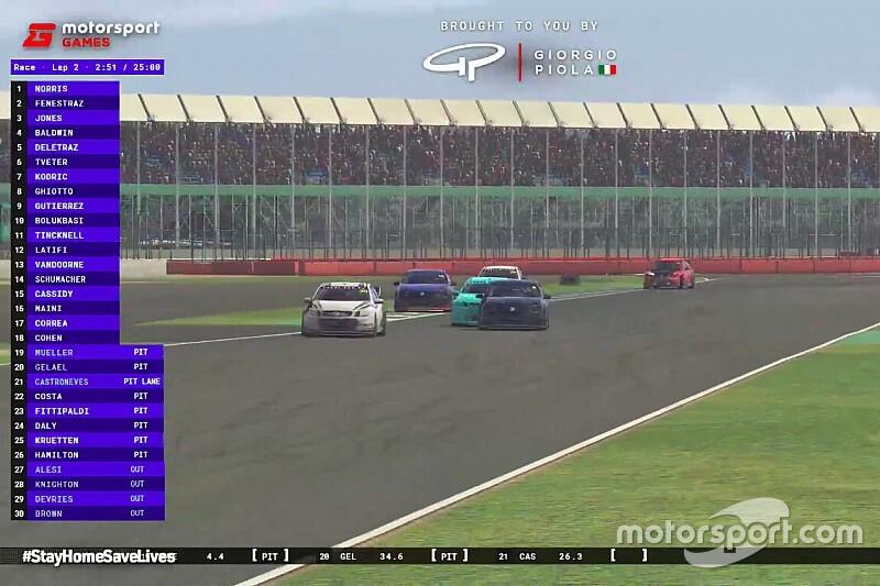 Így nyer meg egy F1-es versenyző egy neves online versenyt (videó)