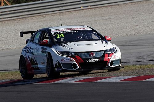 Sepang TCR: Gleason takes first win of 2016 in delayed Race 2