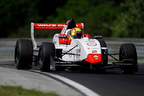 Hungaroring NEC: Norris takes commanding Race 1 win