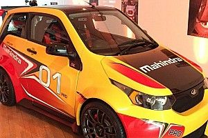 Un monomarca Mahindra e20 Sport accanto alla F.E?
