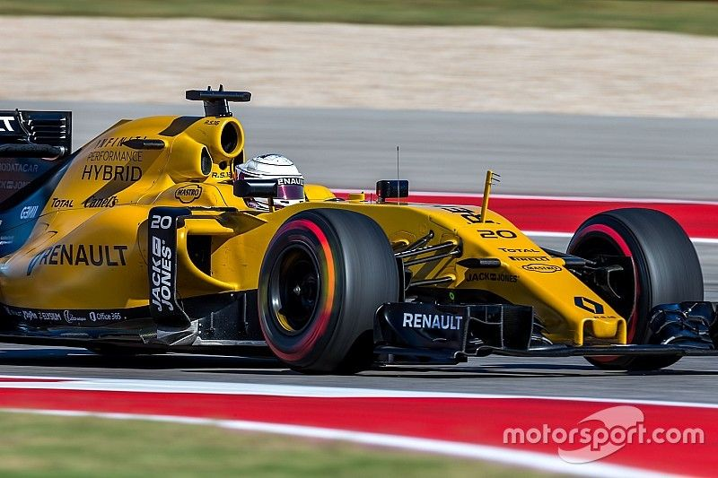 Magnussen frustrated by post-race penalty that cost him 11th