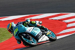 Moto3 Noticias de última hora VIDEO: Joan Mir evita caer de la moto espectacularmente