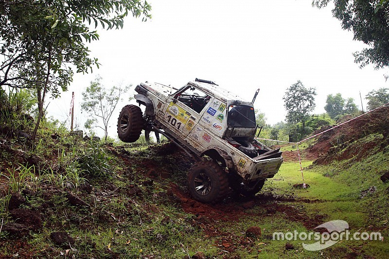 RFC India: Virdi retakes lead from Santosh on Day 3