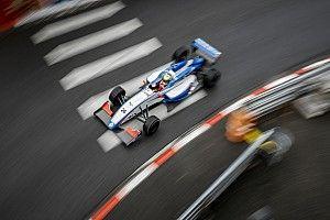 Tertabrak di Race 2 Pau, Presley kini fokus ke Monte-Carlo