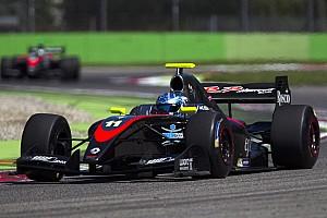 Формула V8 3.5 Репортаж з гонки Формула V8 3.5 у Хересі: Ніссані здобув першу перемогу