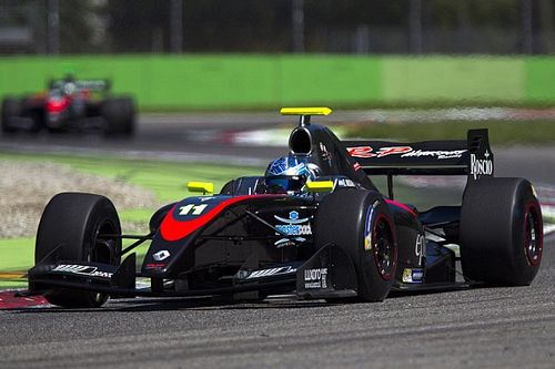 Jerez F3.5: Nissany holds off Fittipaldi to win