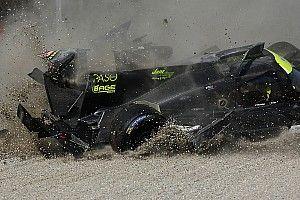 GALERÍA: Delomier sufre un fuerte choque en Monza