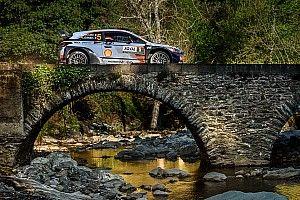 """Une sélection de 25 des plus belles photos du """"Rallye de France"""""""