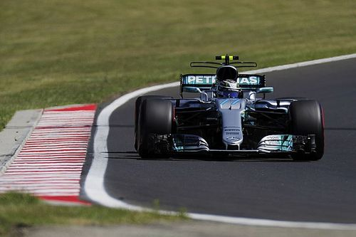 Bottas remercie Hamilton, Mercedes assume le risque