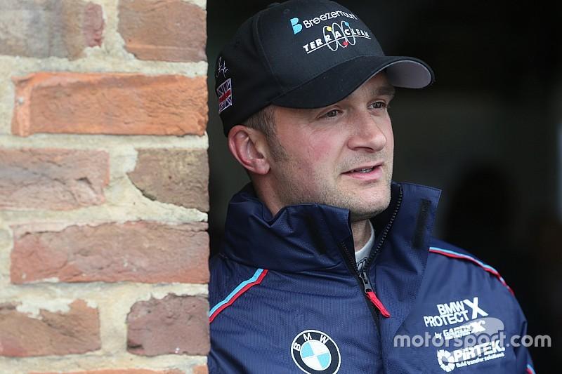 Croft BTCC: Turkington triumphs over Sutton in Race 2