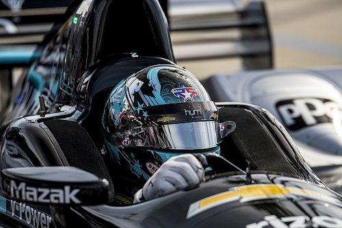 Phoenix IndyCar: Newgarden tops windy first practice