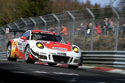VLN 2: Frikadelli erstmals mit 2 Porsche auf der Nordschleife