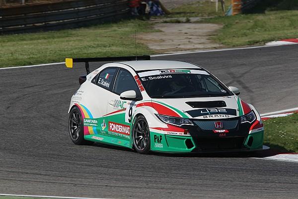TCR Italia Gara Eric Scalvini concede il bis e trionfa anche in Gara 2 ad Adria