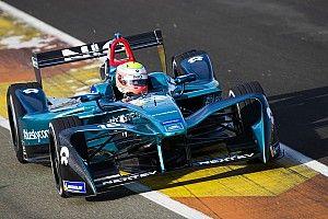 Un accidente en la polémica chicane de Cheste protagoniza el último test de Fórmula E