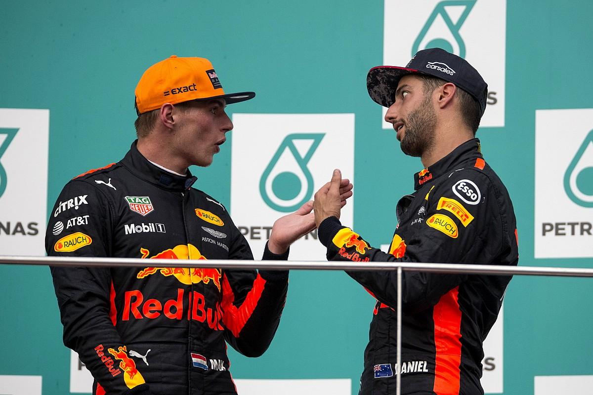 Verstappen remet en cause la décision de Ricciardo