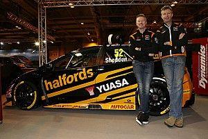 Honda BTCC squad unveils drivers and new livery for 2017