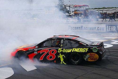 Martin Truex Jr. holds off Larson and Busch for Pocono win