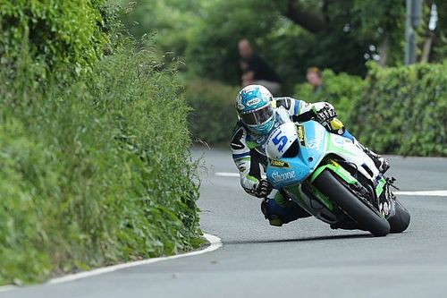 Isle of Man TT: Harrison takes first win since 2014