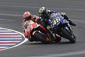 Bersenggolan dengan Marquez, Rossi terjatuh