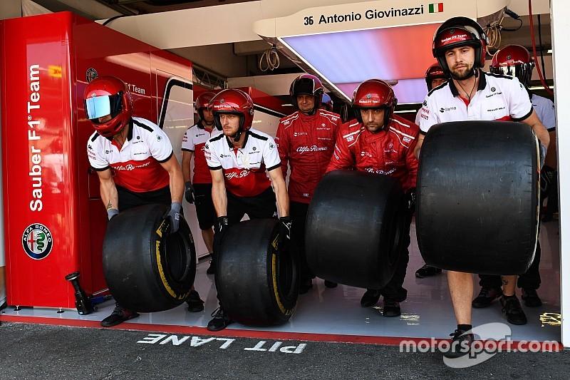 Pirelli, zorunlu pit stop sayısını ikiye çıkarmanın faydalı olacağından emin değil